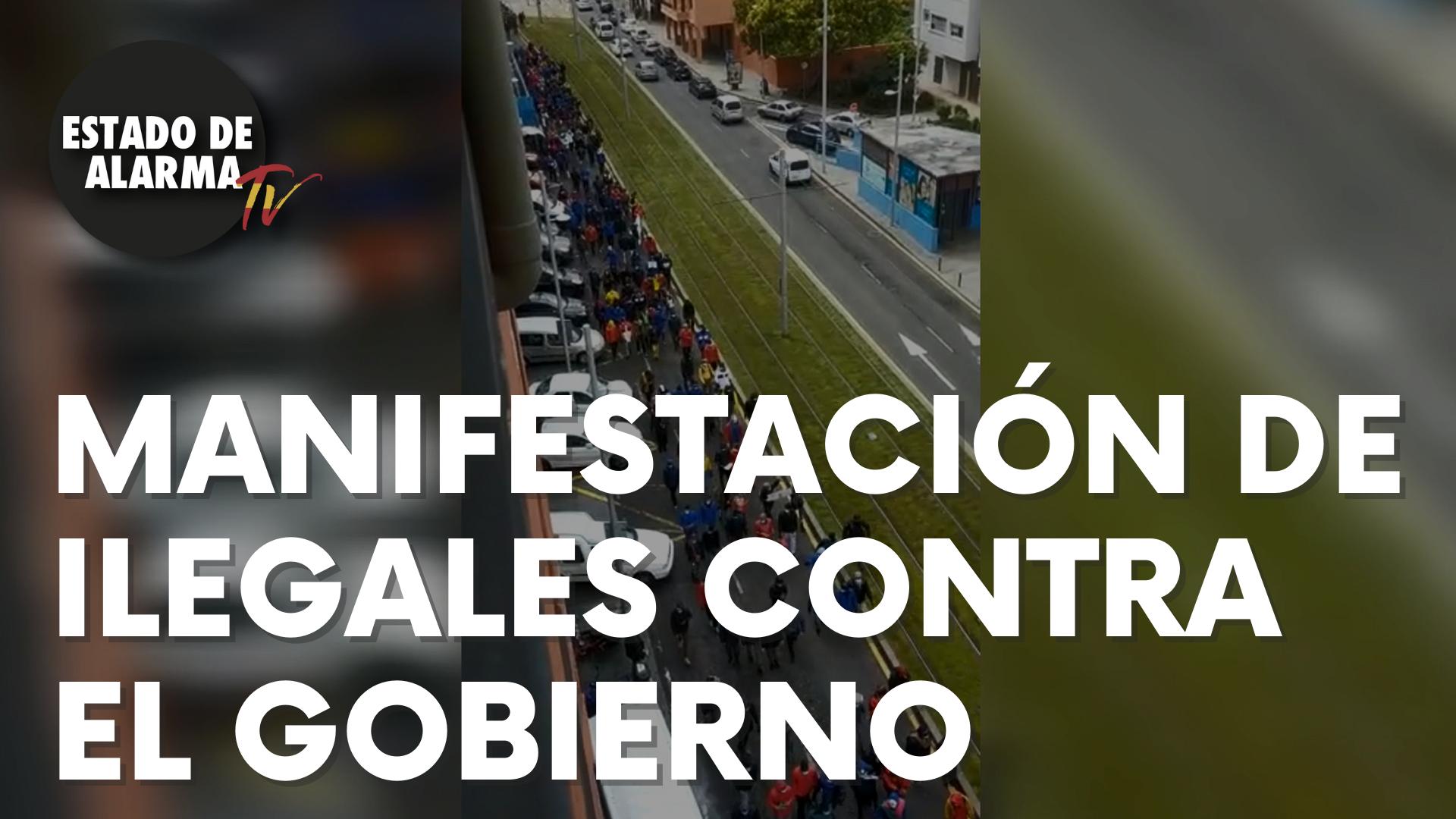 Un millar de ilegales se manifiestan en Tenerife contra el Gobierno de Sánchez